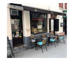 Pécsen specialty coffee - Kisülés Kávéműhely - bitcoin és ether elfogadóhely, Pécs, Ferencesek u. 5.