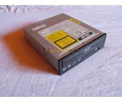 2 DB Asus DRW-1814BLT (ATA)