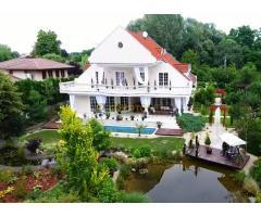 Villa Szadán